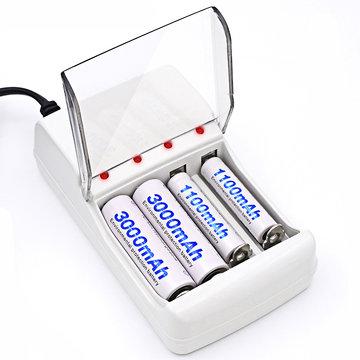 Palo C707 4 Slots LED Indicator Smart Charger voor AA / AAA NiCd NiMh Oplaadbare Batterij