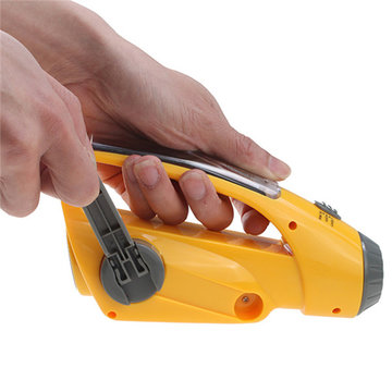 Digital Hand Crank Solar Zelfbediende Dynamo AM / FM Radio Receiver Met Lichtlamp Cell Phone Charger